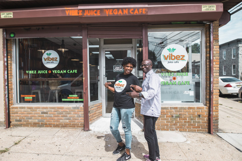 Vibez Juice Cafe In The Jersey City Heights Chicpeajc