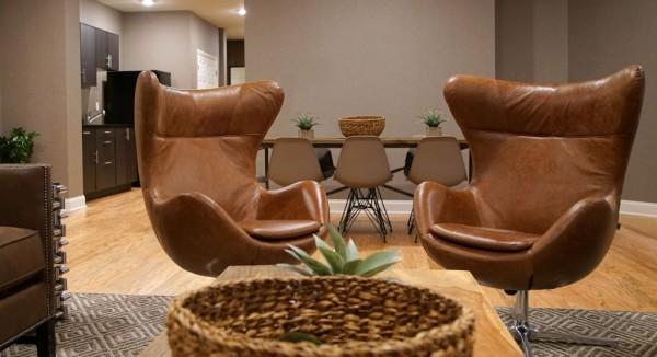 25senateplace_lounge_2