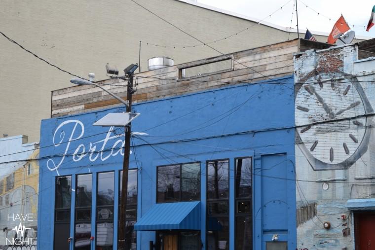 porta exterior blue_april2
