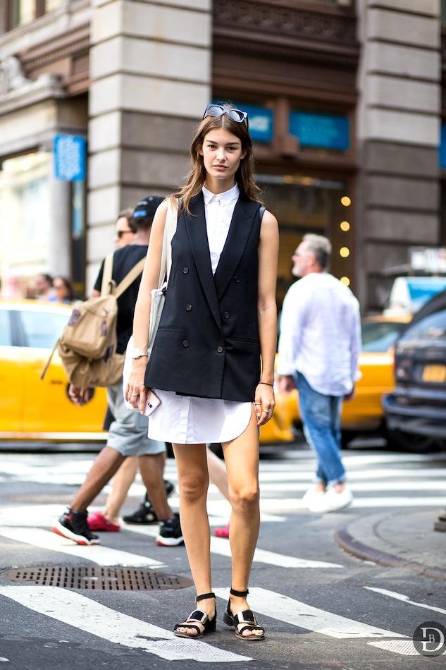 eb96hirtdress-Buckle-Sandals-Via-The-Urban-Spotter