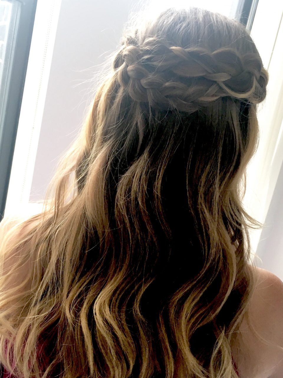 The weather is ready for frizz-less curls and this half up style is a perfect way to get the hair out of your face!