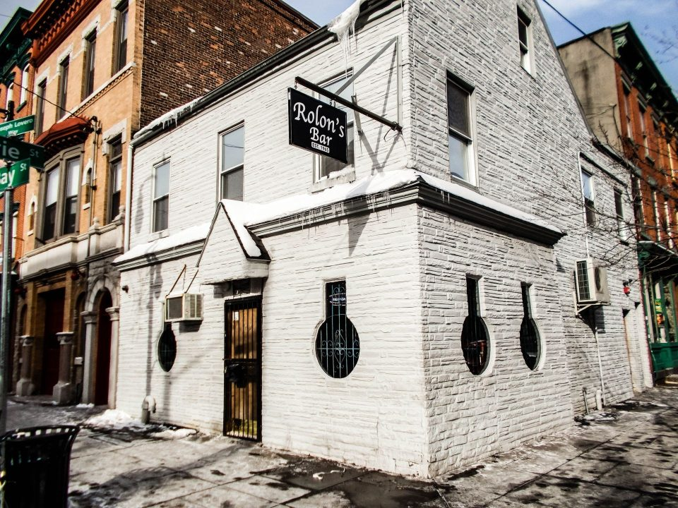 Rolon's Keyhole Bar