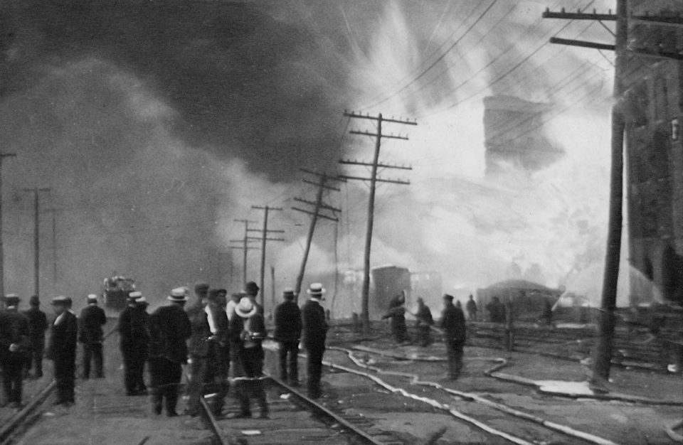 Let's Explore: The Black Tom Explosion of 1916