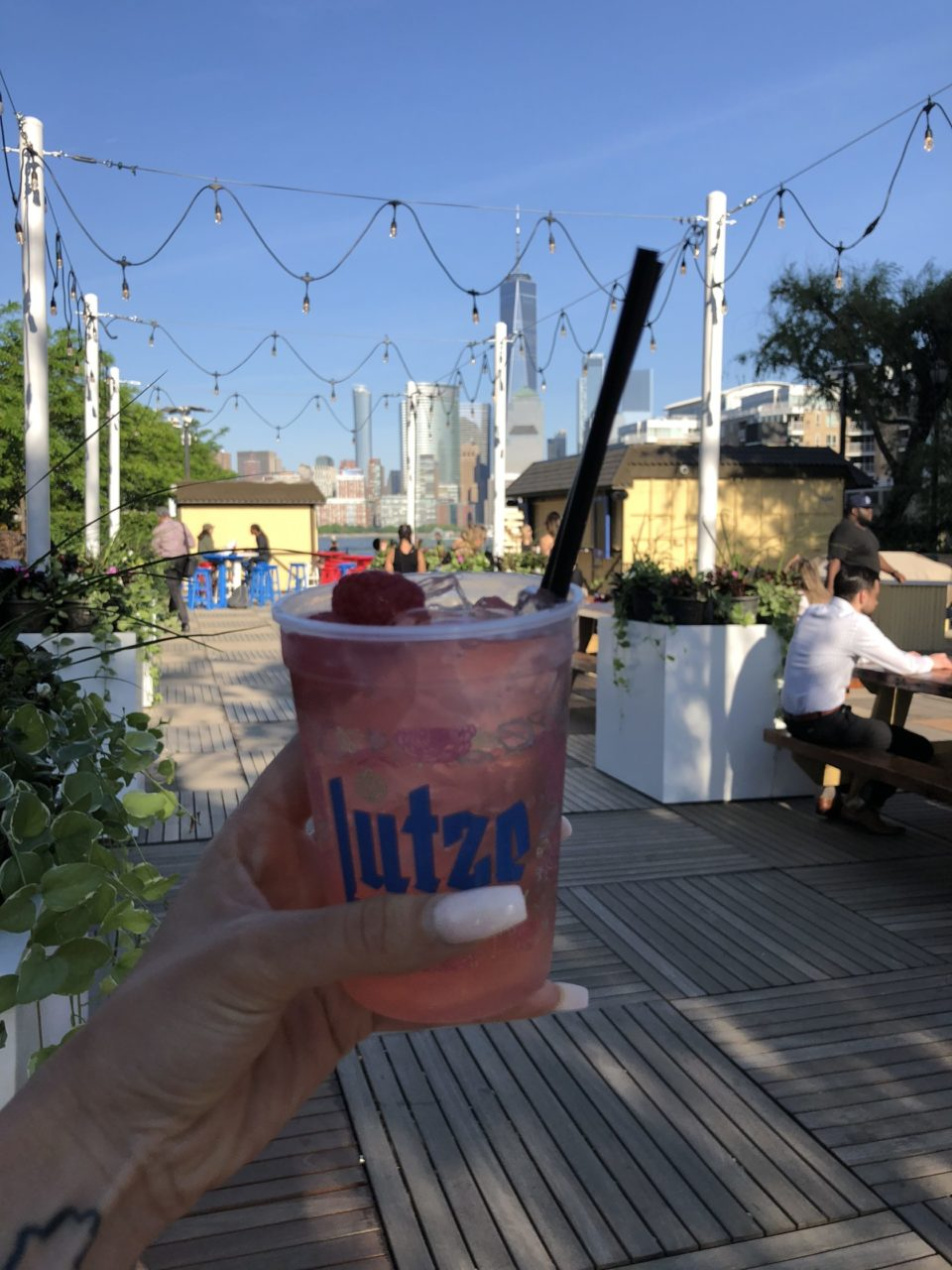 5 Outdoor Drinking Spots to Check out Memorial Weekend